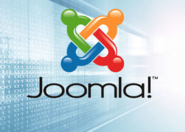 Heller Hintergrund mit Joomla Logo.